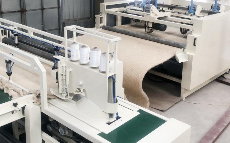 竹纤维床垫缝制机